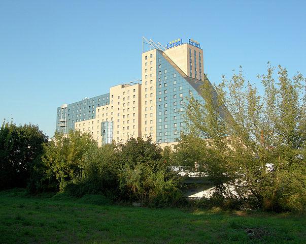 Estrel Berlin Hotel Convention Center Medical Events Guide